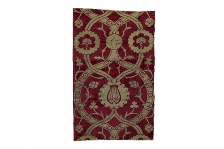 Loom-width length of velvet with ogival layout and floral design, Bursa or Istanbul