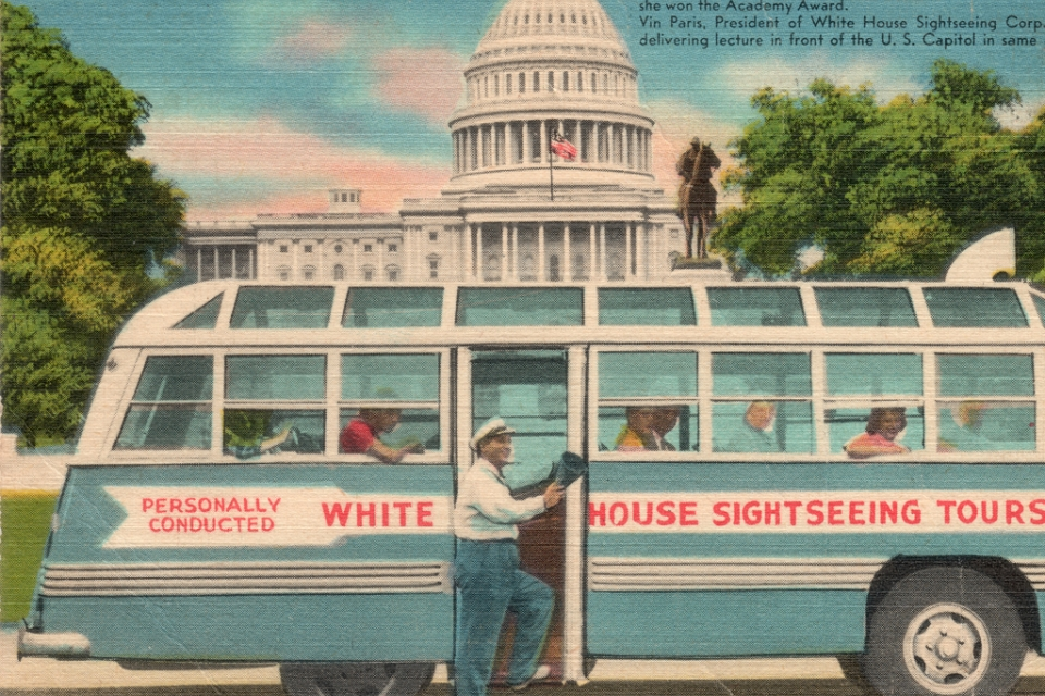 Postcard with streetcar and Capitol building